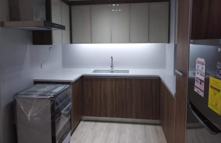Studio Condominium in Makati For Rent