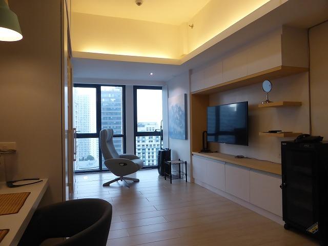 Studio Unit Condominium in Paseo Heights for Rent