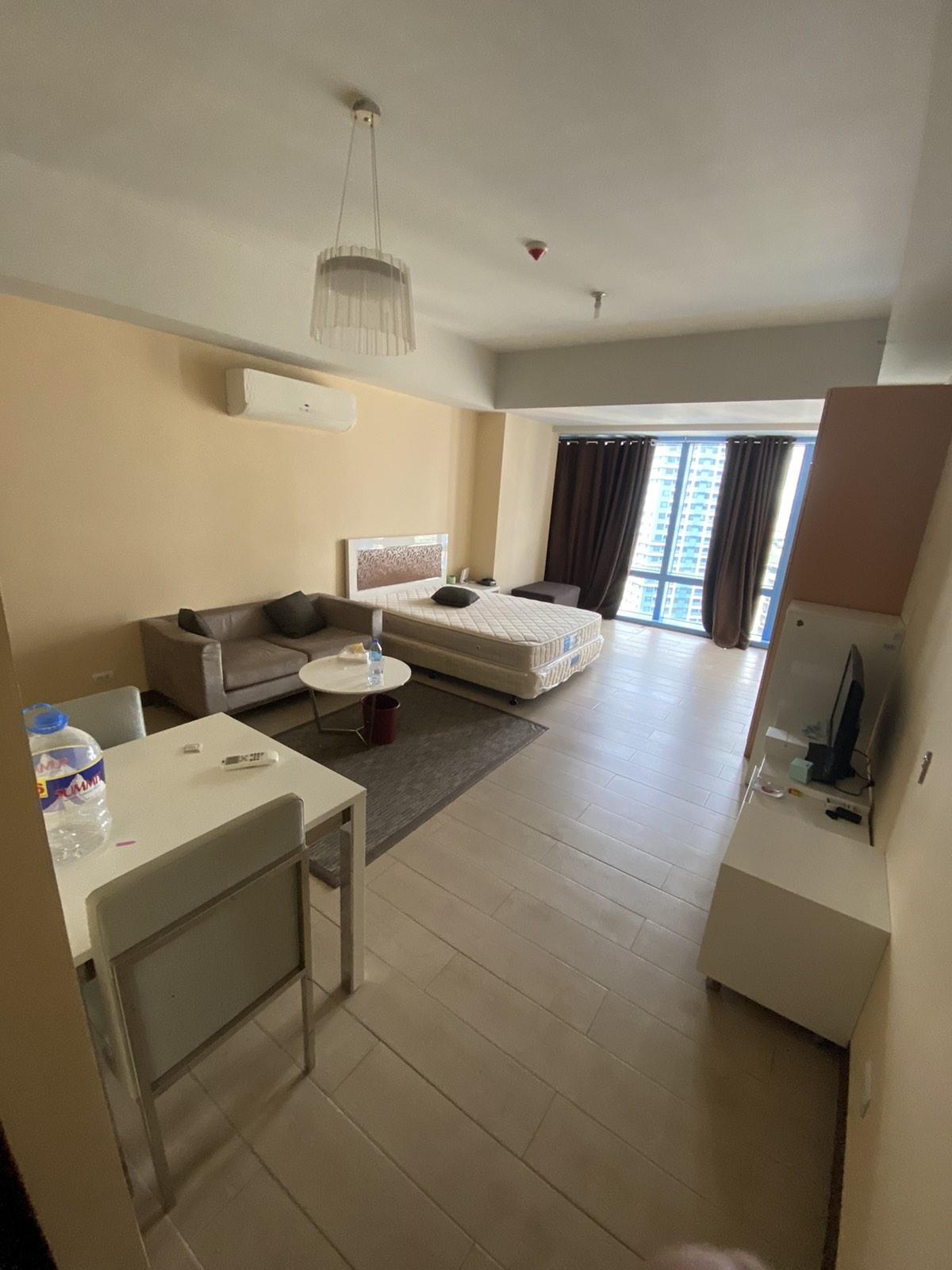 Studio Unit in Three Central for Rent