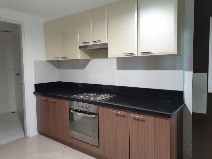 3BR Condominium in BGC for Rent
